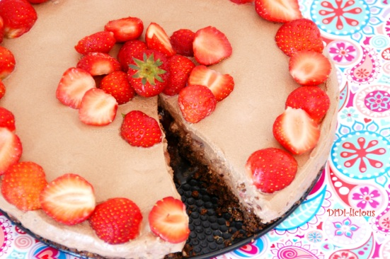 Choco Philly cheesecake with strawberries 2